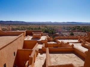 Visita a Ait-Ben-Haddou e a Ouarzazate in Marocco sara caulfield