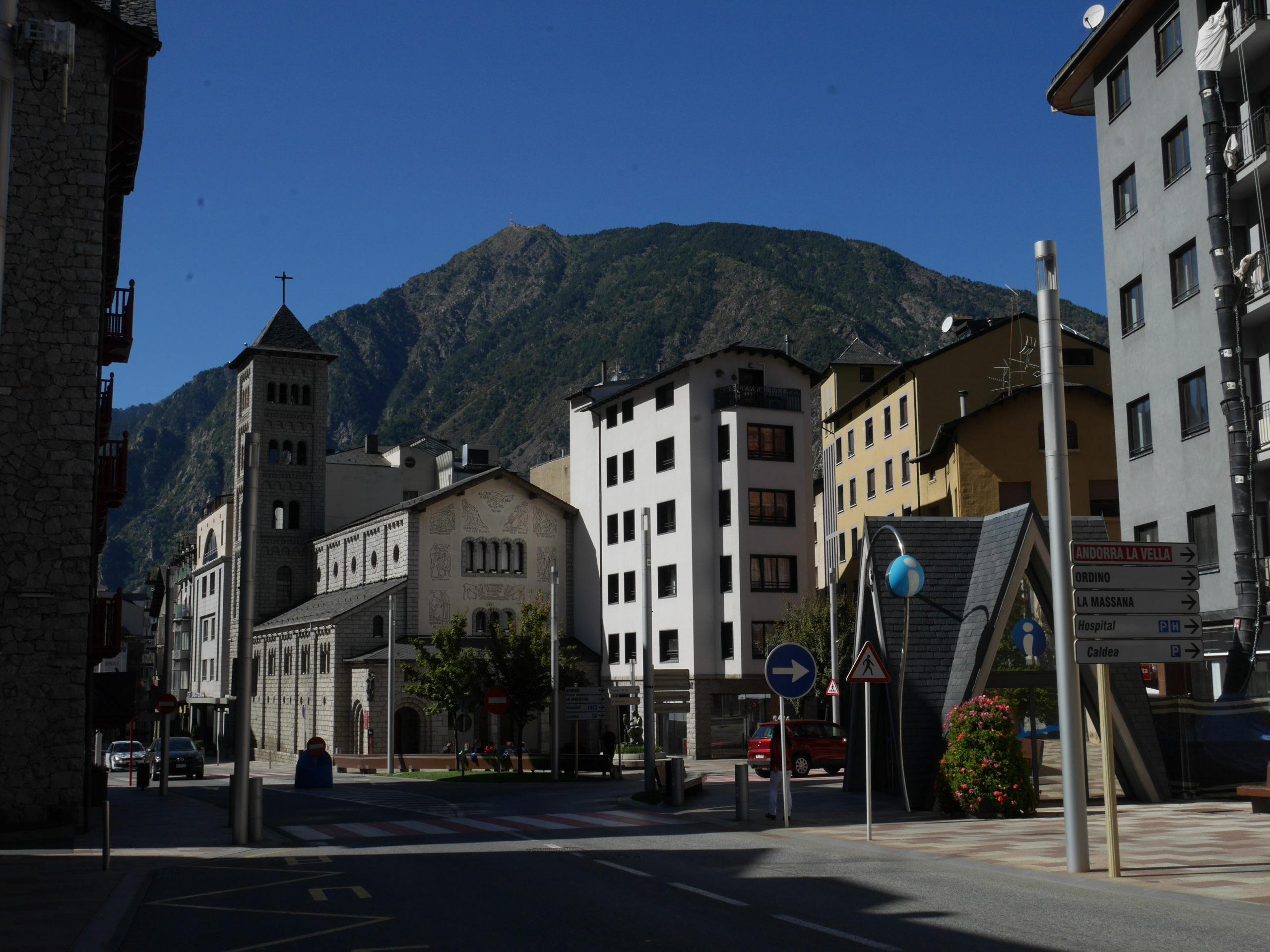 Weekend nel principato di Andorra sara caulfield