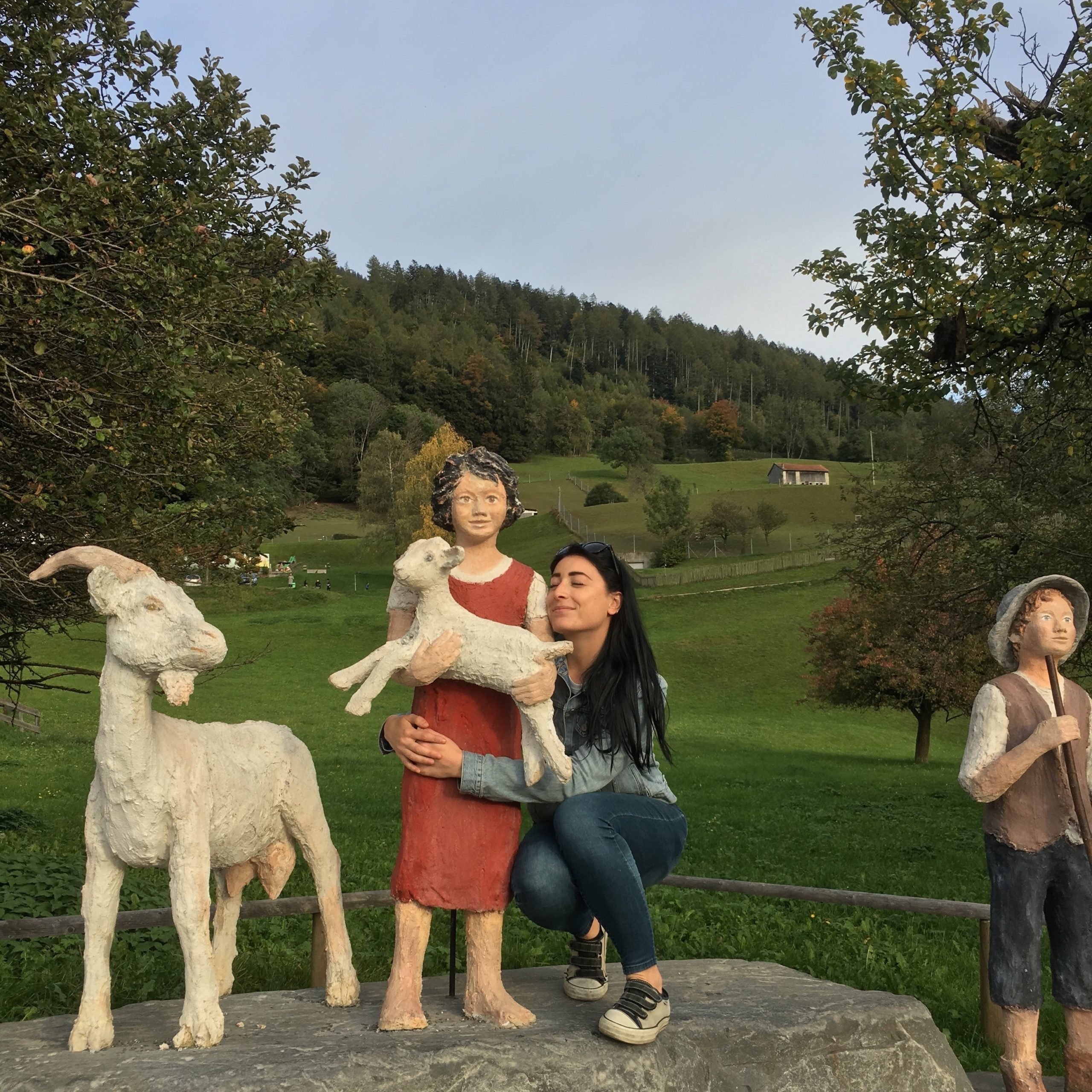 Heididorf Svizzera tedesca sara caulfield